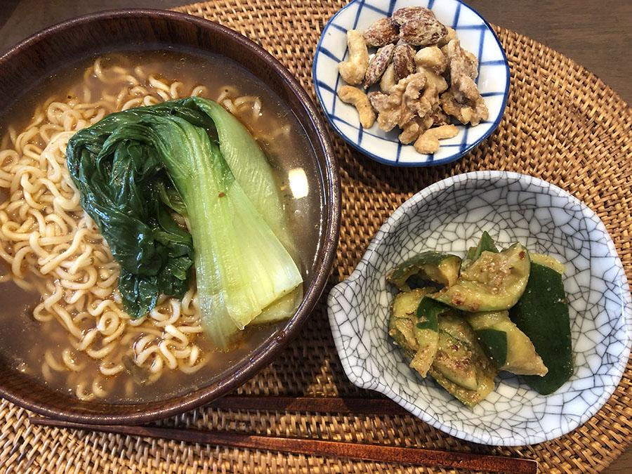 【野草料理】松茶のインスタントラーメンと野草塩メープルナッツ